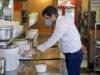 إعادة فتح المطاعم في إيران..ومزيد من الوفيات اليومية بكورونا